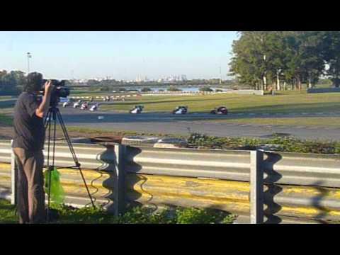 Gran premio de Buenos Aires Super sport 600 con caida