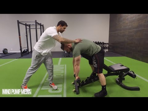 How To Do A PROPER Dumbbell Rear Delt Fly