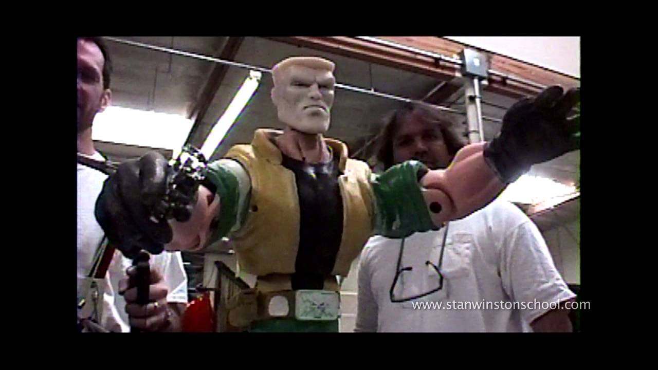 SMALL SOLDIERS Behind-the-Scenes - The Ultimate Toys