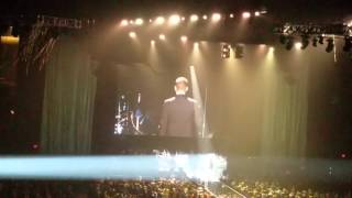 Michael Buble - Intro clip to Me & Mrs.Jones @ the HANGOVER PARTY