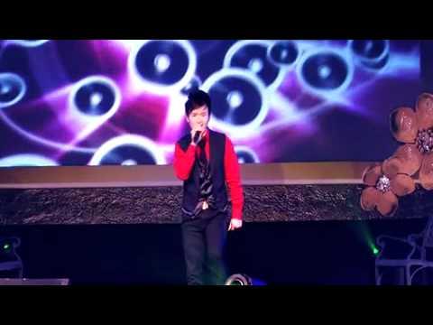 Chuc Xuan - Doan Phi and Anh Duong band