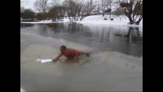 Обнаженное купание с особым идиотизмом
