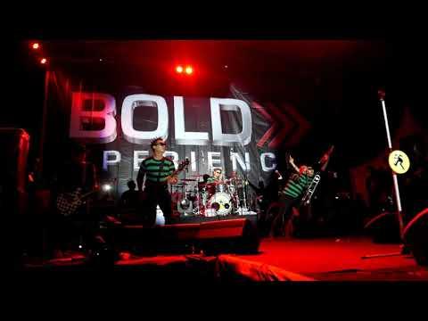 TIPE - x - GENIT LIVE @STADION PANJI SIDIKALANG #BOLD XPERIENCE
