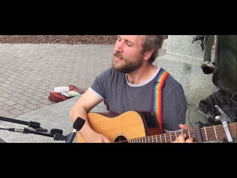 "Craig Cardiff ""Porchlight"" on Parliament Hill"