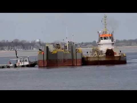 Boskalis tugs & barges at Felixstowe