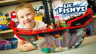Lil Fishys Pirate Ship Toy Video for Children Kinder Playtime