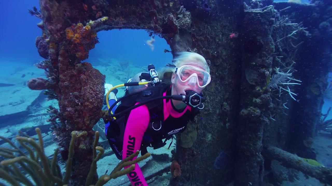 Scuba Diving The James Bond Wrecks In The Bahamas