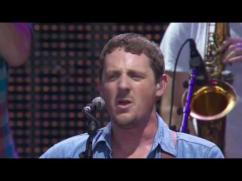 Sturgill Simpson – Long White Line (Live at Farm Aid 2016)