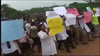 Medical Lab. Science Students AAU, Ekpoma Protest Over Non-Accreditation Of Courses
