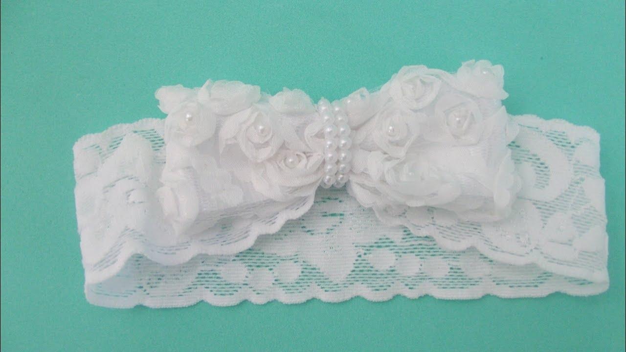 Faça você mesma tiara de renda com laço de flores para bebê