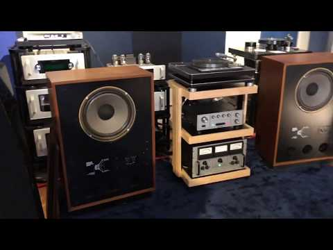 This 1970s Vintage System Probably Sounds A Lot Better Than What You're Listening To