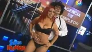 Repeat youtube video Super Humor - Deysi Araujo (enseñandonos su culo) 25/09/11