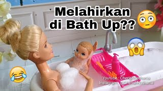 Download Video Barbie Hamil Melahirkan Bermain Busa Sabun  Video Cerita Dongeng Anak Barbie Cantik Bahasa Indonesia MP3 3GP MP4
