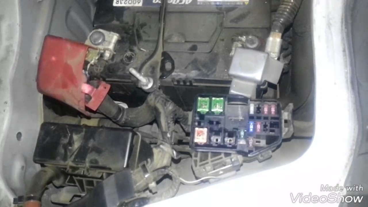 2006 Toyota Hiace fuse box locations and diagrams - YouTube