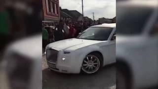 Массовая драка за место в кортеже на свадьбе в Ингушетии.