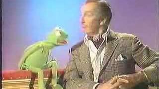 Kermit the Frog Bites Vincent Price