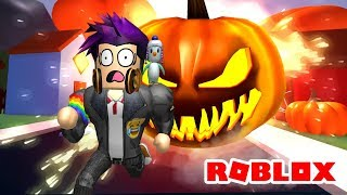 ESCAPING HALLOWEEN ? ROBLOX OBBY 😈