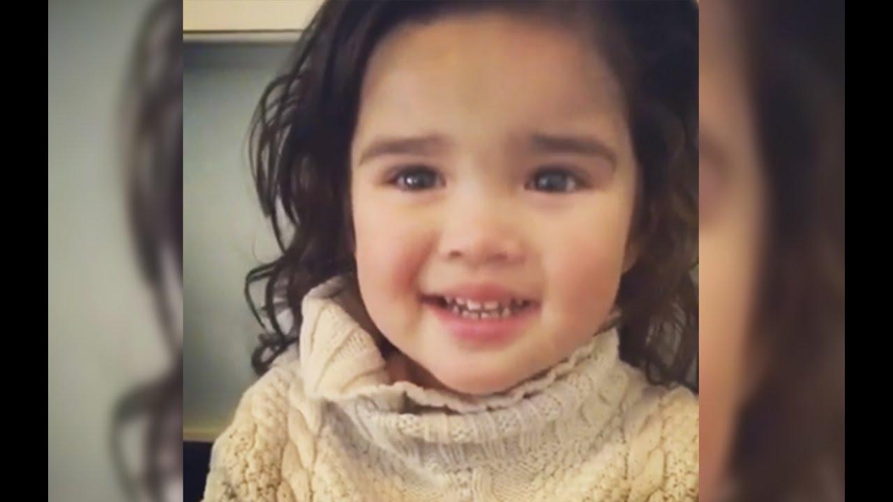 Promise Of Snack Silences Little Girls Tears Youtube