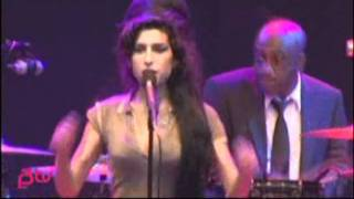 You Know I'm No Good live at Hove Festival on June 26th, 2007 - Amy Winehouse