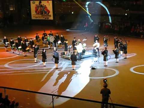 Musikschau der Nationen 2012 in Bremen, The Owl Town Pipe and Drum Band Peine