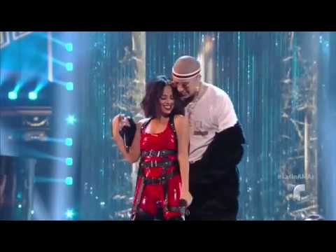 Mayores - Becky G & Bad Bunny (Latin American Music Awards 2017)