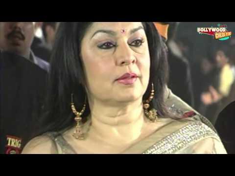 Saree Slips! Kiran Juneja Wardrobe Malfunction at Filmfare!