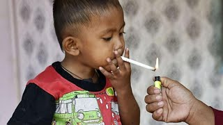 Baixar Toddler Chain-Smokes Through 2 Packs of Cigarettes a Day