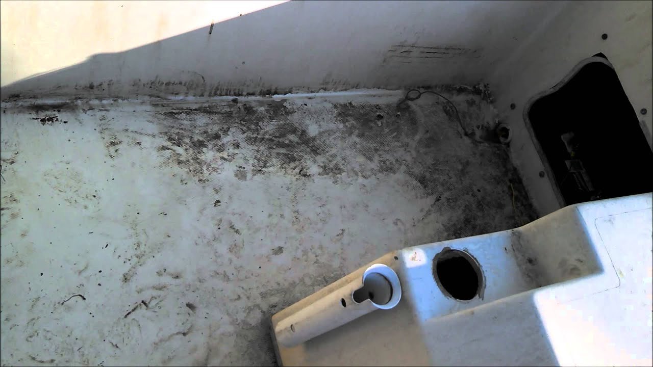 Cheap Way To Clean A Boat Fiberglass Cleaning Youtube