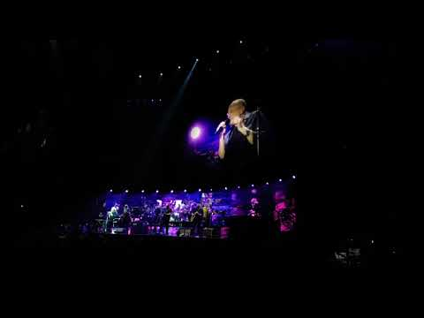 Phil Collins in Manchester Arena 171129 - Can 't turn back the years
