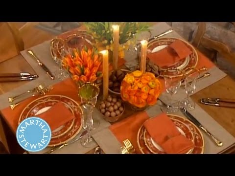 How To Create Two Thanksgiving Centerpieces Decorations Martha You