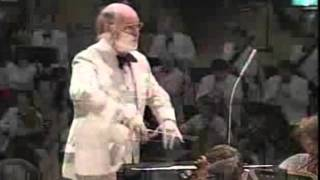 John Williams conducts Excerpts From Close Encounters Of The Third Kind
