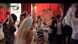 Марина Корс, ведущая зажигательной свадьбы.