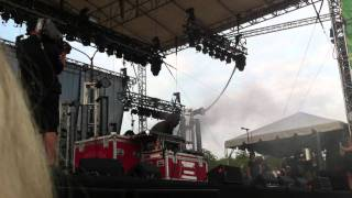 Crystal Castles Lollapalooza 2011