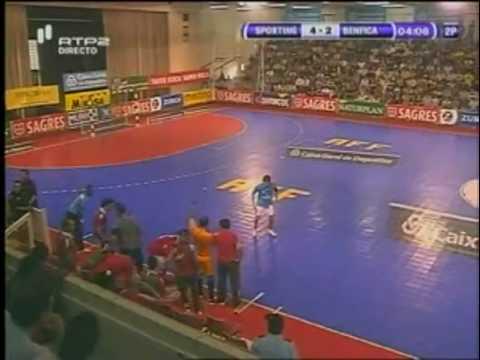 Futsal ::  Play-off Final 1º Jogo :: Sporting - 4 x Benfica - 3 de 2009/2010