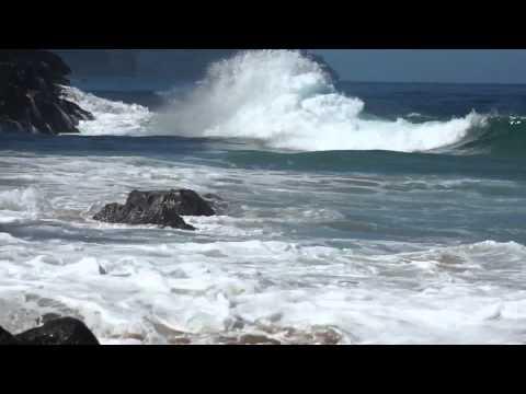 Friday morning Ke'e Beach waves
