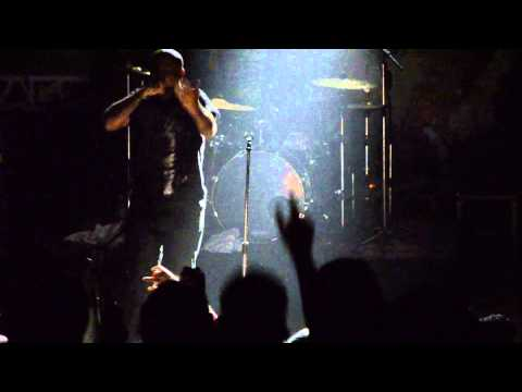 Vishal Dadlani (Pentagram) Live performance at LBSIM - 2013