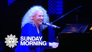 Carole King plays herself in the Broadway musical