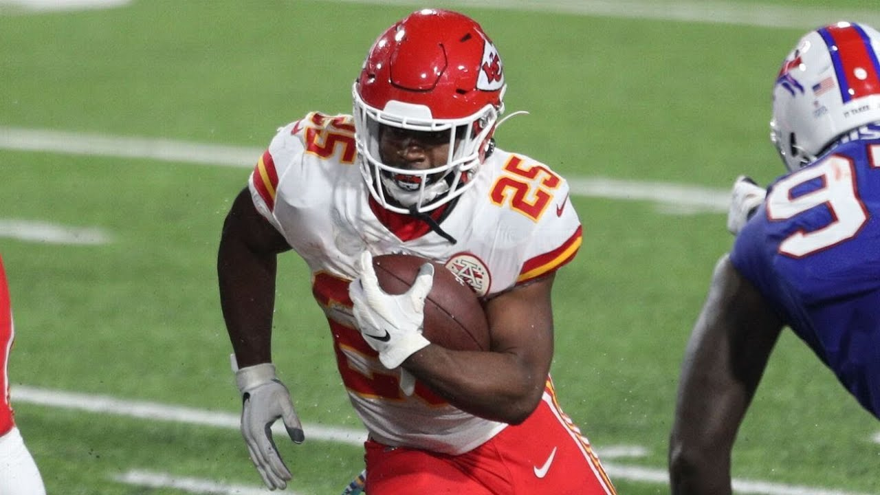Kansas City Chiefs turn to ground game in win, RB Clyde Edwards ...