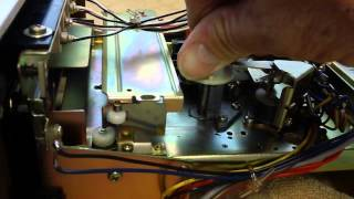 Cleaning a Pioneer Centrex TH-30 Stereo 8-track Tape Player.