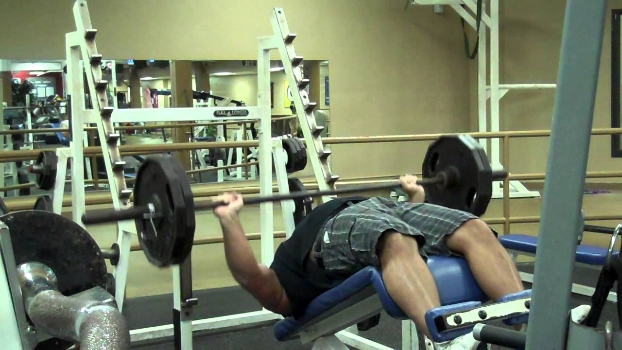 Recordsetter World Record Decline Bench Press 225 Pounds 80 Reps