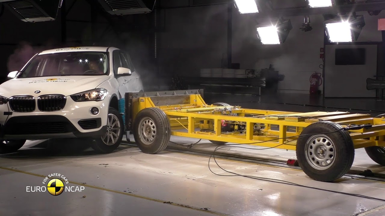 Euro Ncap Crash Test Of Bmw X1 X2 Youtube