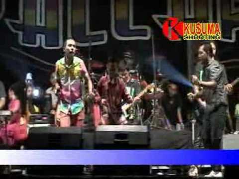 Awet Muda - Gerry Mahesa - OM.New Pallapa Live Kedong Kendo 2015