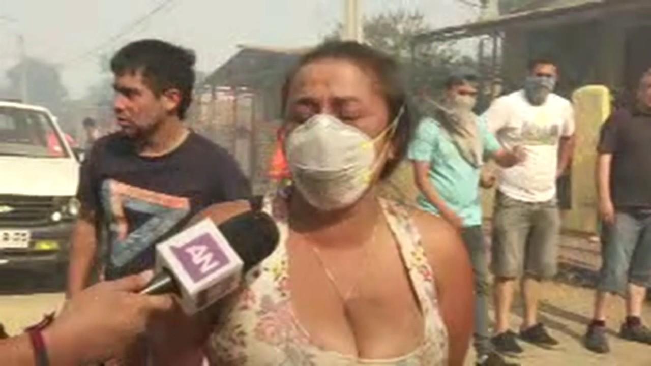 Al menos 100 viviendas afectadas por voraz incendio en Valparaíso