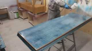 Производство мебели из массива, грунт на корону(Фрагмент работы по производству мебели из массива. Это видеоканал Дневника Дизайнера о дизайне, столярном..., 2013-11-27T13:00:52.000Z)