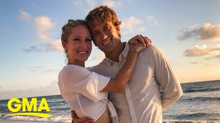 Paraglider proposes to nurse who helped save his life