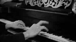 Go West (1940) - Chico Marx at the piano