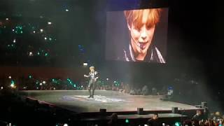 Taemin - Move + Talk + Press your Number live @ KBS Music Bank Berlin
