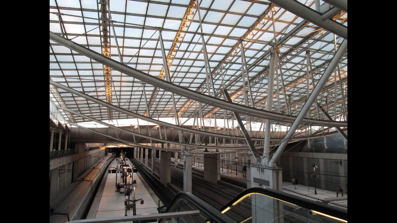 how to get to charles de gaulle airport