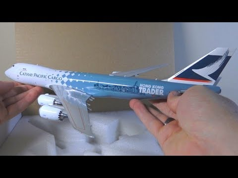 "JC Wings 1:200 Cathay Pacific Cargo 747-8F ""Hong Kong Trader"" Unboxing"