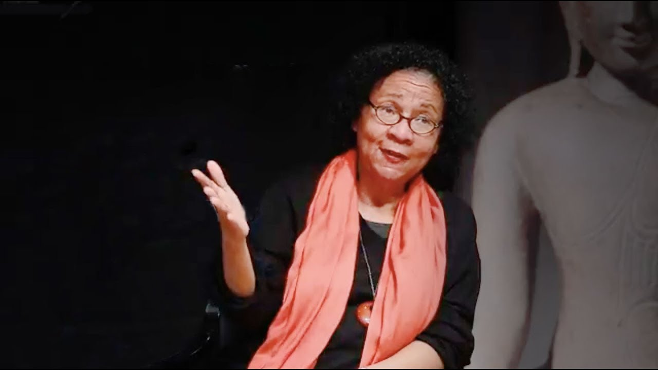 Bell Hooks Essays: Examples, Topics, Titles, & Outlines